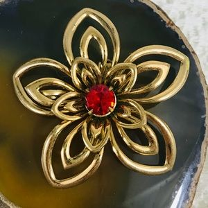 Vintage Coro Goldtone Flower Red Jewel Brooch